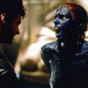 X-Men: Koho vzhľad mala Mystique prepožičaný v momente, keď ju Wolverine bodol?