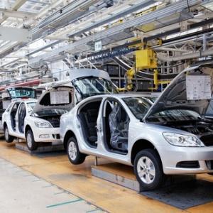 Ktorá krajina vyrába najväčší počet áut na jedného obyvateľa?