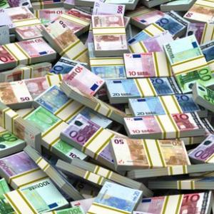 Ktorá krajina má najvyššiu čistú priemernú mzdu na svete (v prepočte 5000 €)?