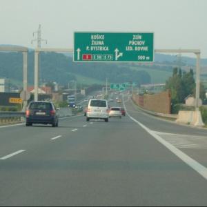Akú celkovú dĺžku dosiahnú slovenské diaľnice po ich dokončení?