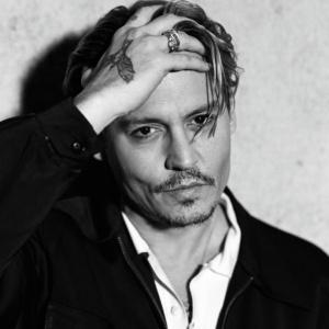 Ve kterém z jmenovaných hororů si zahrál Johnny Depp?