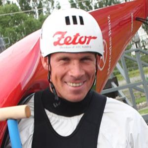 Vodný slalomár, ktorý pre Slovenskú republiku získal prvú zlatú medailu v samostatnej histórii a vo svojej disciplíne patrí medzi aktívne pretekajúce legendy: