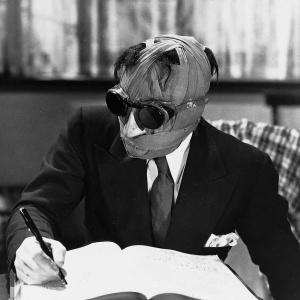 Ako sa volal predstaviteľ Neviditeľného muža vo verzii z roku 1933?