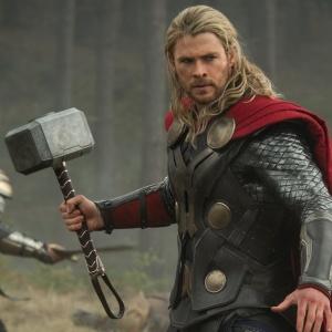 Ktorý z nasledovných filmov natočil Kenneth Branagh,  režisér Thora?