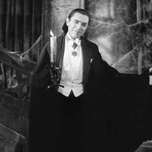 Dracula z roku 1931 sa dočkal pred pár rokmi nového soundtracku. Ktorý skladateľ ho zložil?