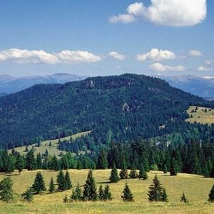 Ako sa volá najvyššia slovenská sopka?