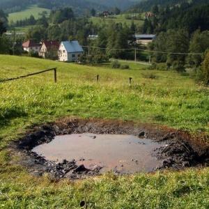 Na slovensku vyviera ropa, v akej obci?