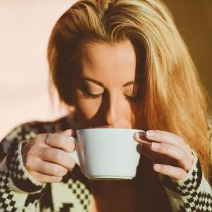Obyvatelia ktorej krajiny vypijú za rok v priemere najviac kávy?