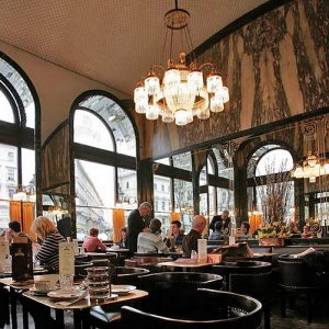 V ktorej krajine otvorili prvú európsku kaviareň?