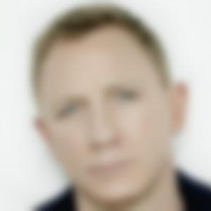 Ako sa volá známy herec na fotografii?