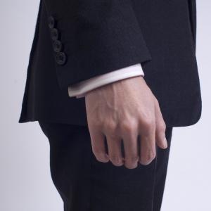 Ako dlhé by mali byť rukávy košele?
