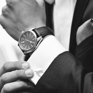 Môžu sa na stužkovej nosiť náramkové hodinky?