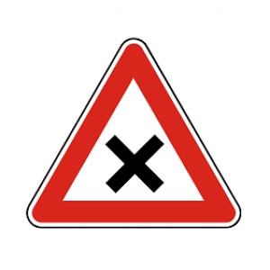 Na čo upozorňuje táto dopravná značka?