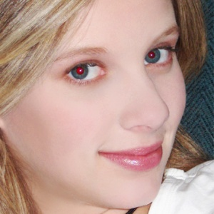 Efekt červených očí na fotografiách je spôsobený odrazom svetla od