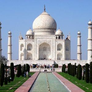 V ktorom meste by ste našli túto monumentálnu pamiatku?