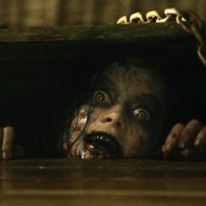 Z akého hororu pochádza postava z obrázku?