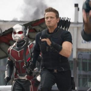 Prečo sa vo filme neobjavili Ant-Man a Hawkeye?