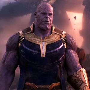 Odkiaľ má Thanos svoju rukavicu?