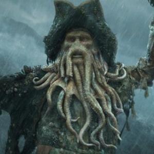 Z ktorého herca sa po digitálnej úprave stal Davy Jones?