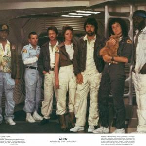 Ve kterém řádku je správně vypsáno 7 členů posádky vesmírné lodi ve filmu Vetřelec?