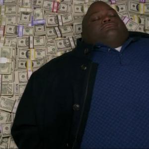 Koľko peňazí celkovo zarobil Walt varením modrej drogy?