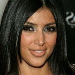 Dokážeš uhádnuť, o akú celebritu pred plastikou tváre ide?
