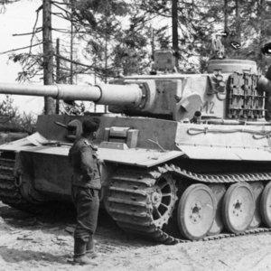 Ťažký tank na obrázku patril k najlepším tankom vo vojne a bol známy pod označením