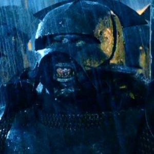 Kde mali jednotky Uruk-hai slabé brnenie?