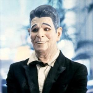Kto nosil v Bode zlomu masku bývalého prezidenta Reagana?