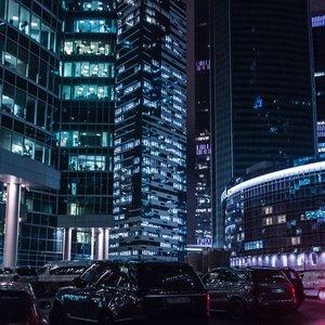 Najväčším mestom je Moskva, druhým najväčším Petrohrad. A tretím je?
