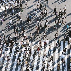 Má viac ako 120 miliónov obyvateľov?