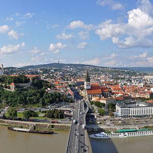 Turistický slogan Bratislavy je: