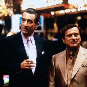 """""""Co si pamatuju, vždycky jsem chtěl být gangster."""""""