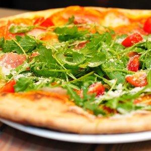 Z ktorého talianskeho mesta pochádza pizza?