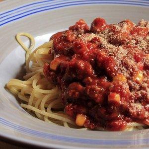Vznikli bolonské špagety v meste Bologna?
