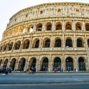 Ktorá z týchto aktivít sa zvyčajne nevykonávala v rímskom Koloseu?