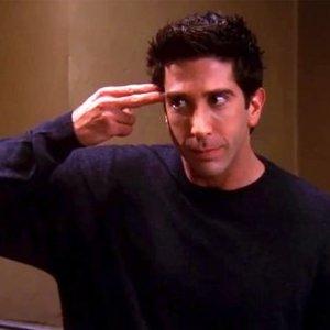 Ako sa volalo japonské učenie, ktoré Ross predvádzal Rachel a Phoebe?