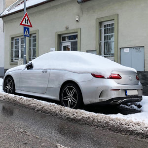 Aký model značky Mercedes-Benz je na fotke?
