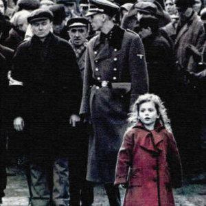 Kedy premiéroval Schindlerov list od Stevena Spielberga?